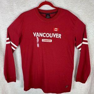 Vancouver Canada Men's Long Sleeve T-Shirt